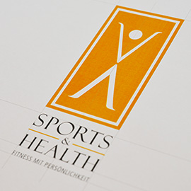 KOMMUNIKATION PRINT - SPORTS & HEALTH Fitness-Club, München Beispielbild klein